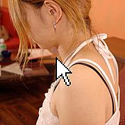 女子のTOP画をついついクリック