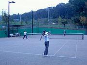 町田周辺でテニスをしませんか?