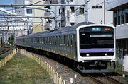嵯峨野線に通勤形車両を