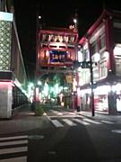 横浜中華街のクルマとバイク