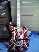 赤いギター、ベースが好き