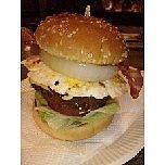 ハンバーガーでライヴハウス!