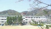 池田市立五月丘小学校
