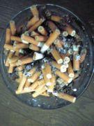 ファミレスで無駄に煙草を吸う