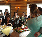 アットホームな結婚式がしたい!
