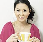 新妻由佳子