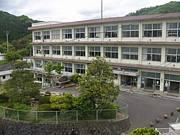 雲南市立鍋山小学校