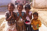 インド・バラナシの子どもたちと