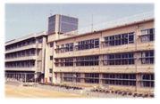 天理市立柳本小学校