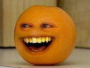 うざいオレンジに興味津々