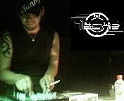 DJ たっきぃ