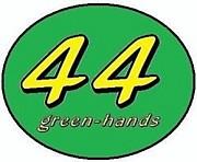 44green-hands