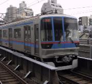 三田線 地上に出てからの駅