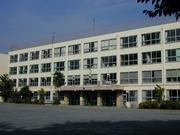 東京都港区立港中学校
