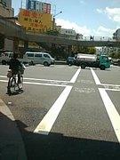 自転車では車道を走る