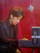 ♪ピアノマン岡田准一♪