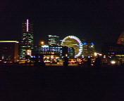 夜を彩る街灯りやネオンが好き♪
