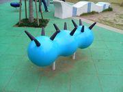 六甲道駅前の変な遊具が気になる