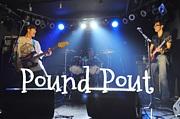 POUND POUT