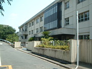岸和田市天神山小学校