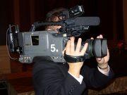 ウエディングビデオのカメラマン