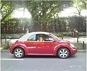 赤い車は君を乗せて♪