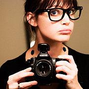 眼鏡かけたいけれども視力が良い