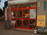 AMERICAN CAFE'&BAR  GINJY's