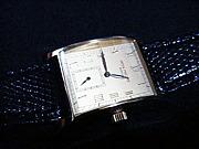 手巻き式の時計を愛する人々