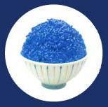 青色素で料理した食物