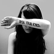 あなたの目は開いてますか?