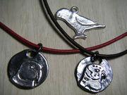 鳥飼いが作る銀細工