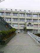 孔舎衙中 2004年3月卒