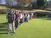 行列の出来る ゴルフ中毒診療所