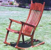 揺り椅子・ロッキングチェア