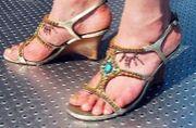 足の指の間が好き