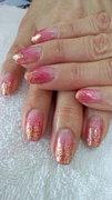 me-nail