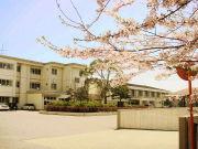 国分寺台西中学校