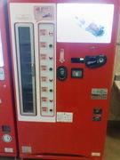 コカコーラの自動販売機(瓶)