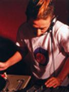 DJ MA∵ME