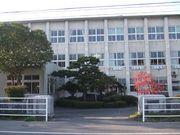用瀬中学校