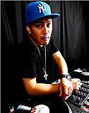 DJ YS