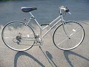 いにしえの自転車と戯れる