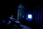 深夜にテレビ