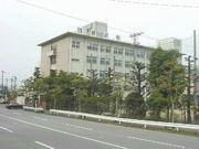 富山県立 雄峰 高校