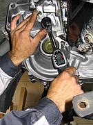 車のパーツ・部品・修理専門