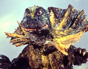 襟巻き恐竜 ジラース