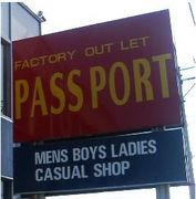 PASSPORT−B級品のアパレル店