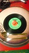 レコードのチリチリ音が主食