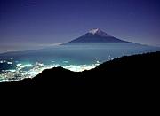 かなり熱い仲間達と登る富士山!